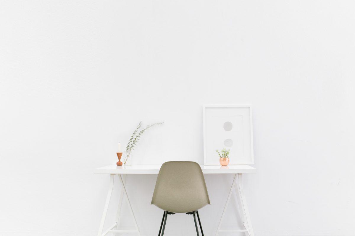 Zrzuć z siebie ciężar własności i posiadania- postaw na minimalizm