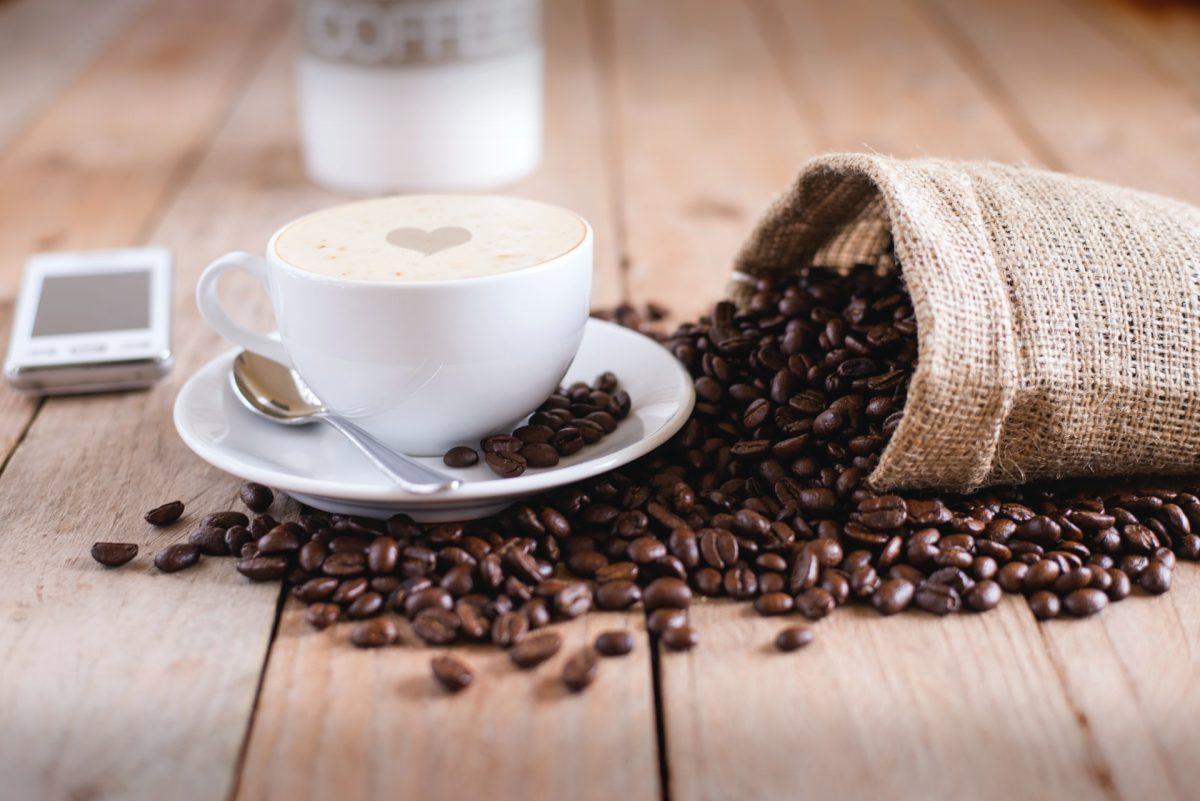 Kawa do biura – jak wybrać najlepsze mieszanki?