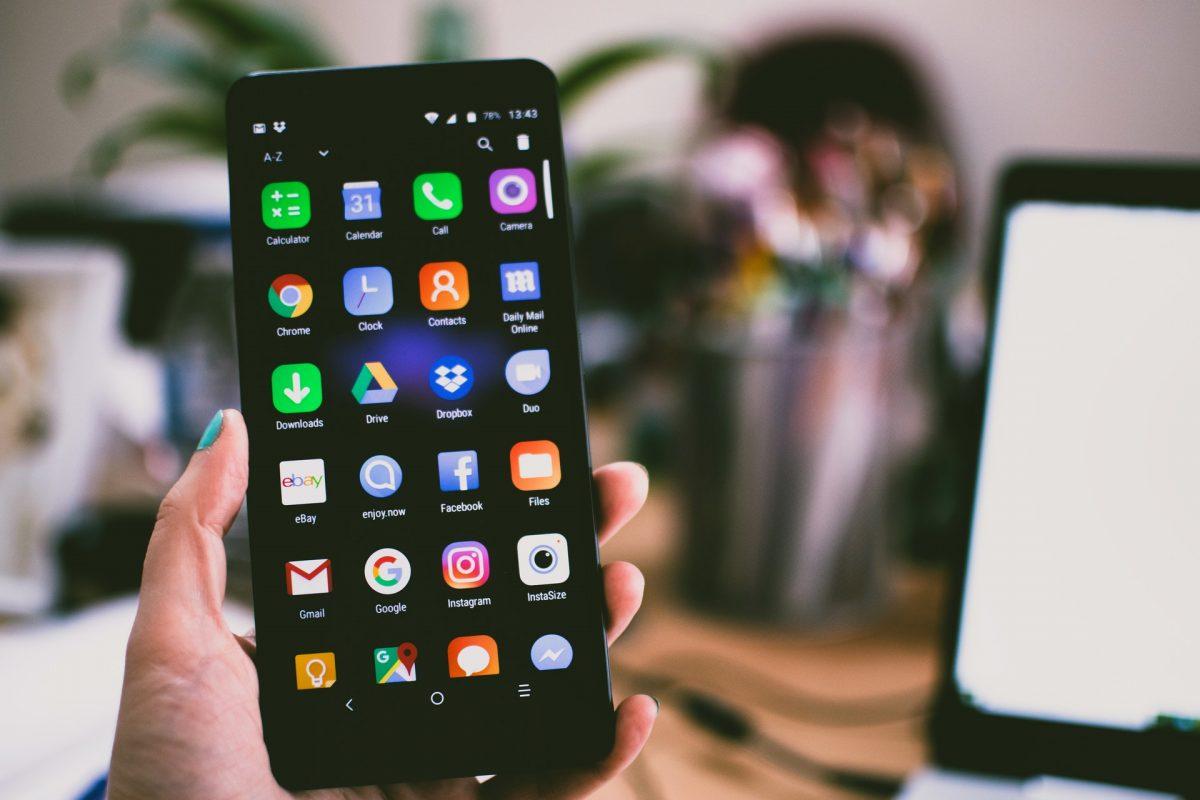 Przyszłość aplikacji mobilnych dla firm